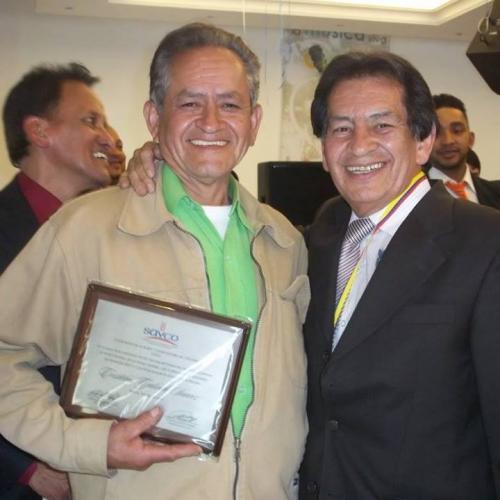 Distinción al maestro Cristobal Galindo